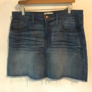 Madewell size 32 denim skirt